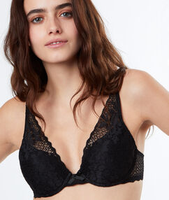 Lace padded triangle bra black.
