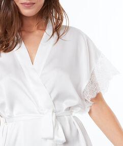 Satine negligee white.
