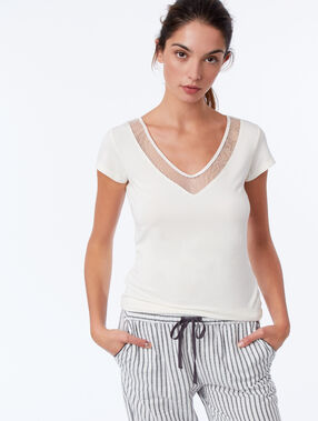 T-shirt with lace neckline ecru.
