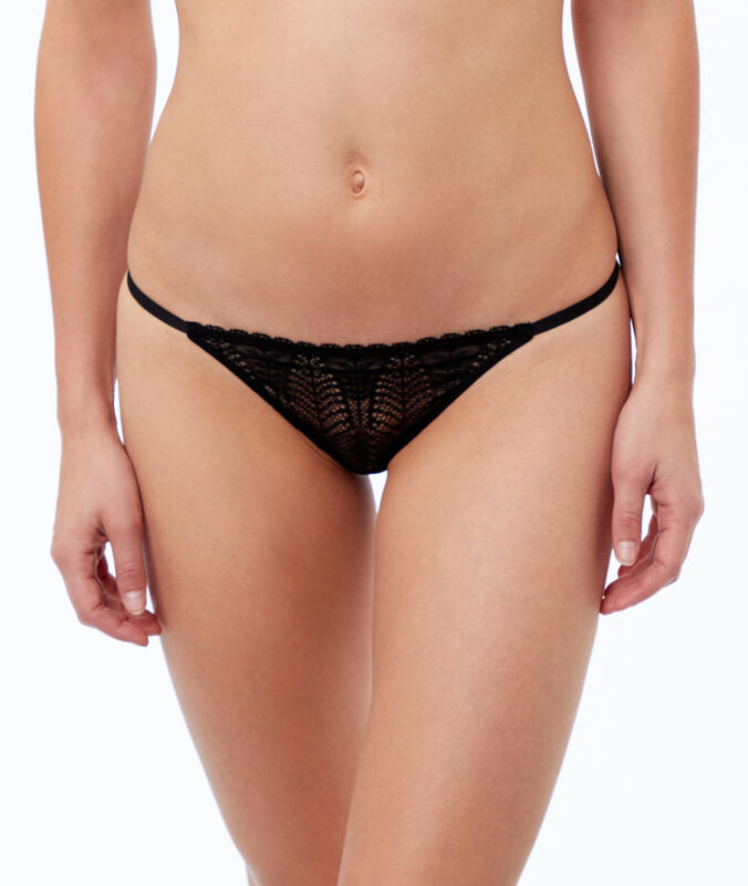 Scalloped lace tanga black.