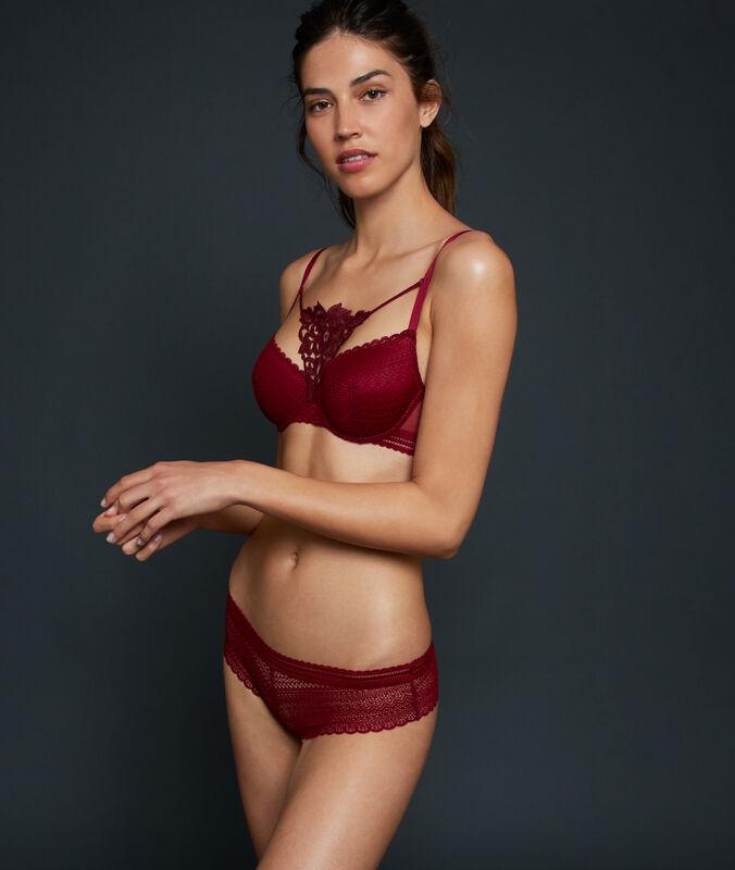 Lace shorts garnet burgundy.