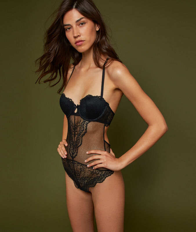 Lace padded bodysuit black.