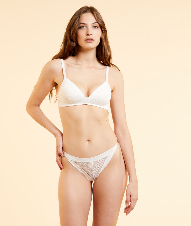 Push-up bra without underwire;${refinementColor}