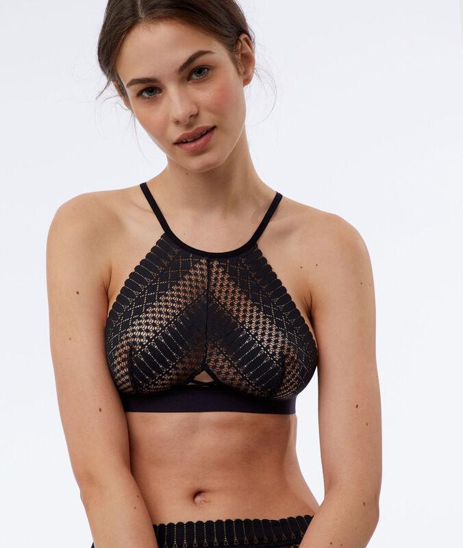 Non-wired triangle bra black.