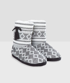 Lined boot slippers ecru.
