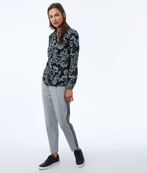 Pants with side stripes light mottled gray.