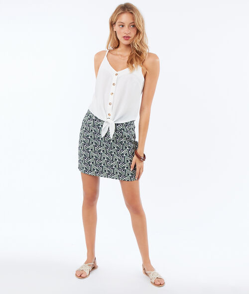 Short skirt with geometric print
