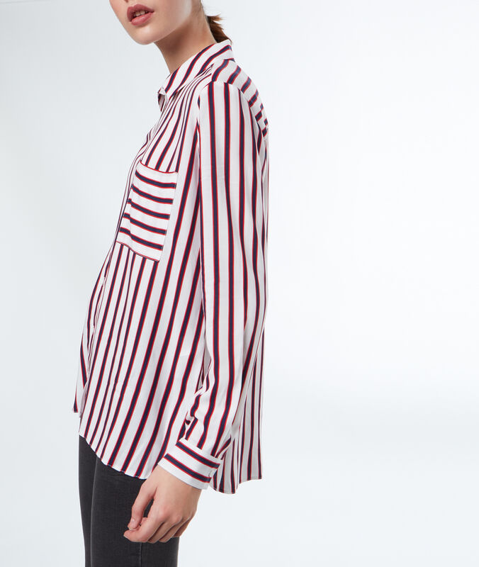 Striped blouse ecru.