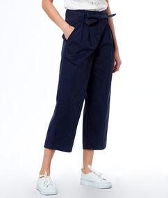 Pants navy blue.