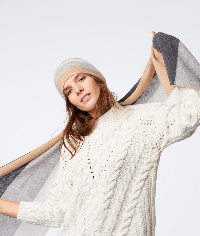 Bonnet 100% cachemire beige.