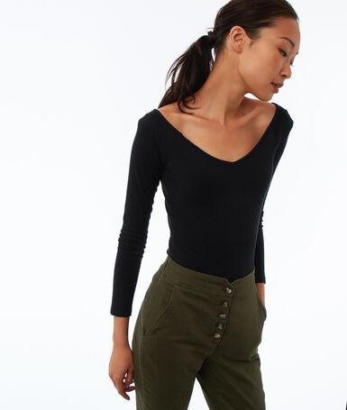 T-shirt col v à manches longues noir.