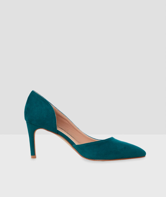 Heeled pumps teal.