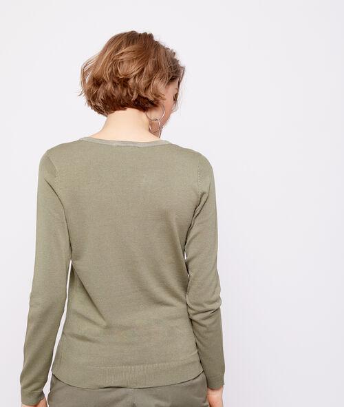 Button collar jumper