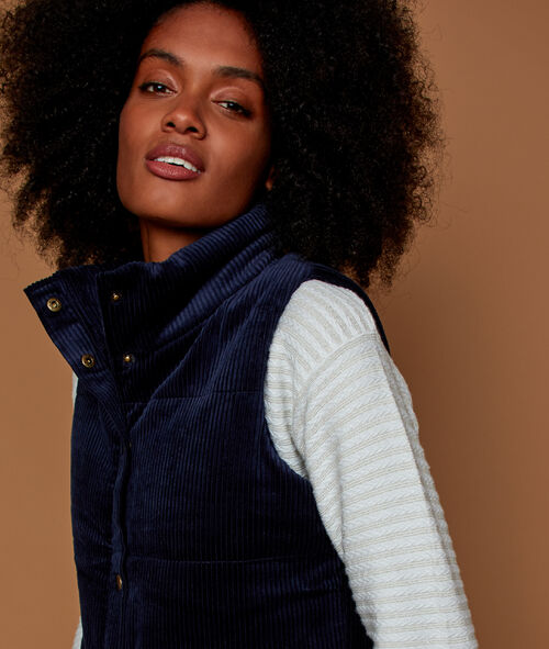 Sleeveless corduroy puffer jacket