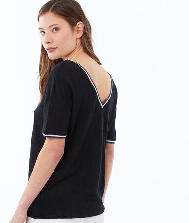 V-neck t-shirt black.