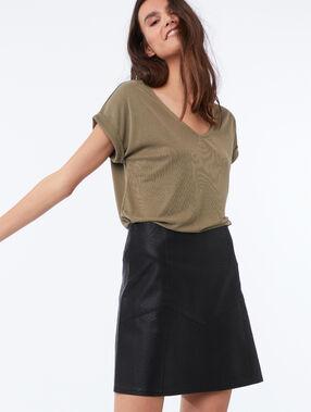 Leather effect skirt black.