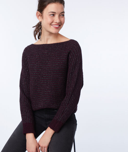 Knitted jumper with metallic thread