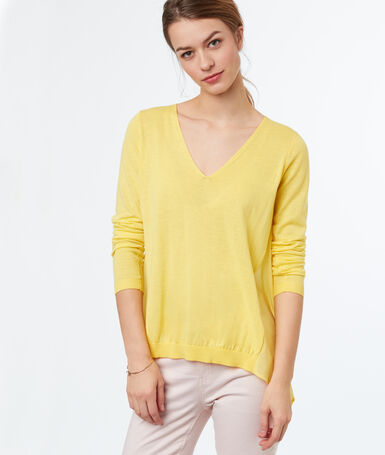 Bi-material v-necked jumper lemon.
