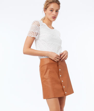 Leather look buttoned skirt barley.
