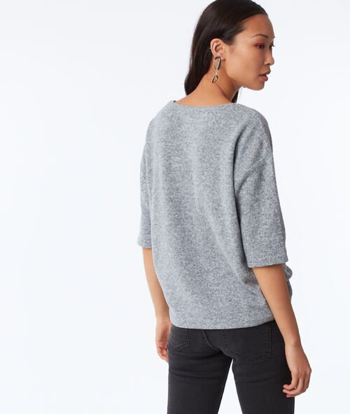 3/4 sleeves top with lace detailing