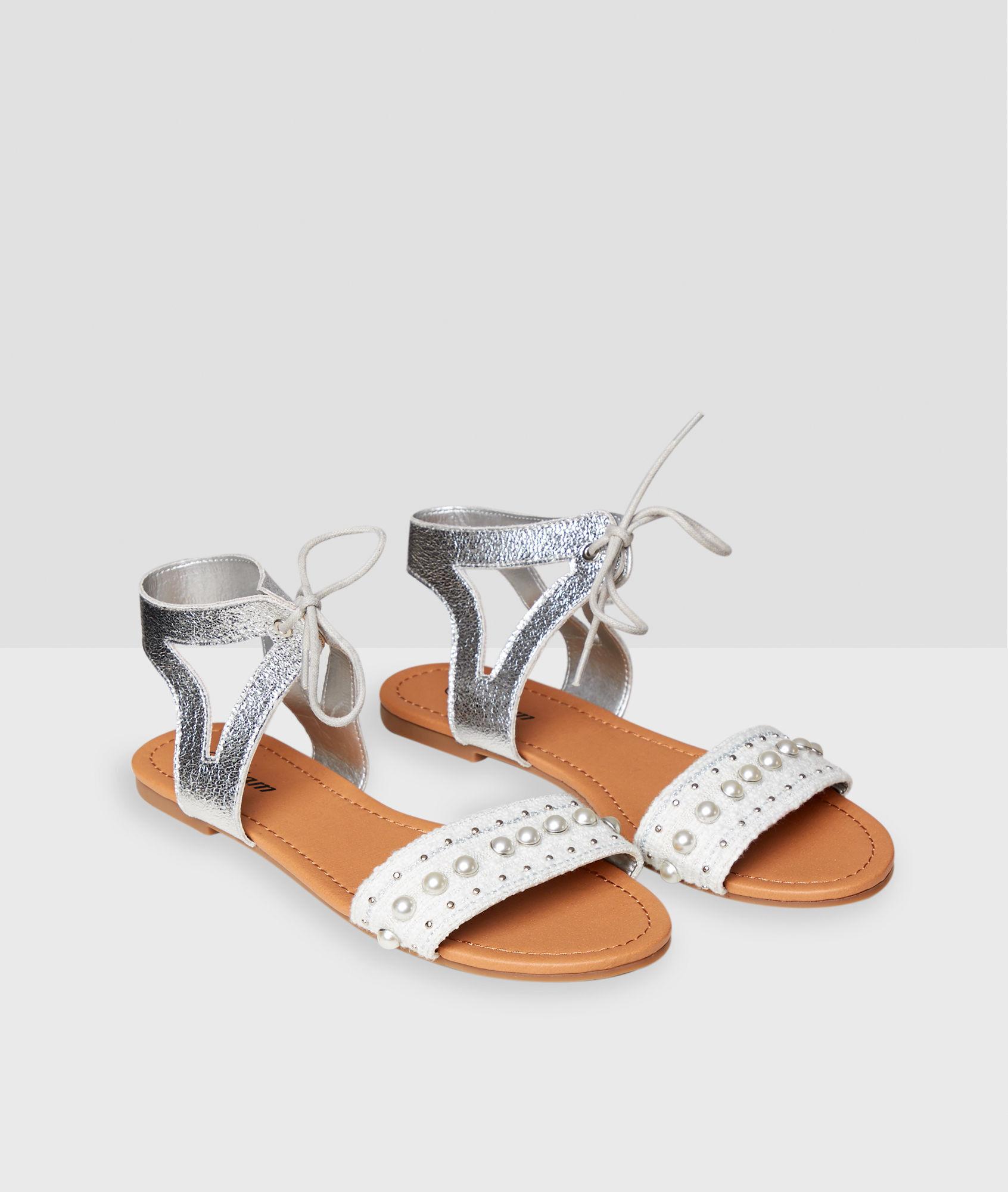 639639ad7232 Flat beaded sandals - Etam