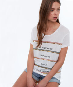 T-shirt à messages blanc.