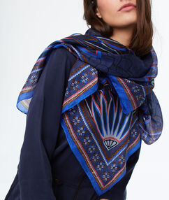 Printed scarf blue.