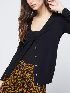 Buttoned cardigan black.