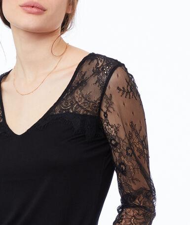 Lace insert top black.