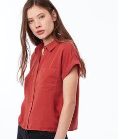 Shirt tomato red.