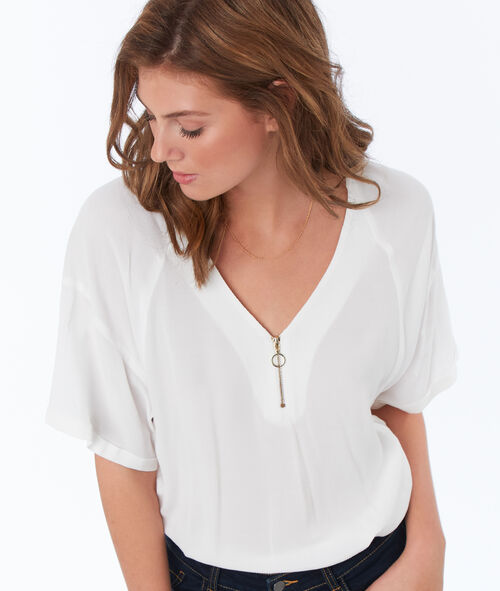 Blouse with front zipper