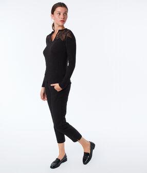 T-shirt manches longues à guipures noir.