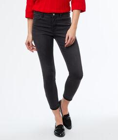 Skinny jeans black.