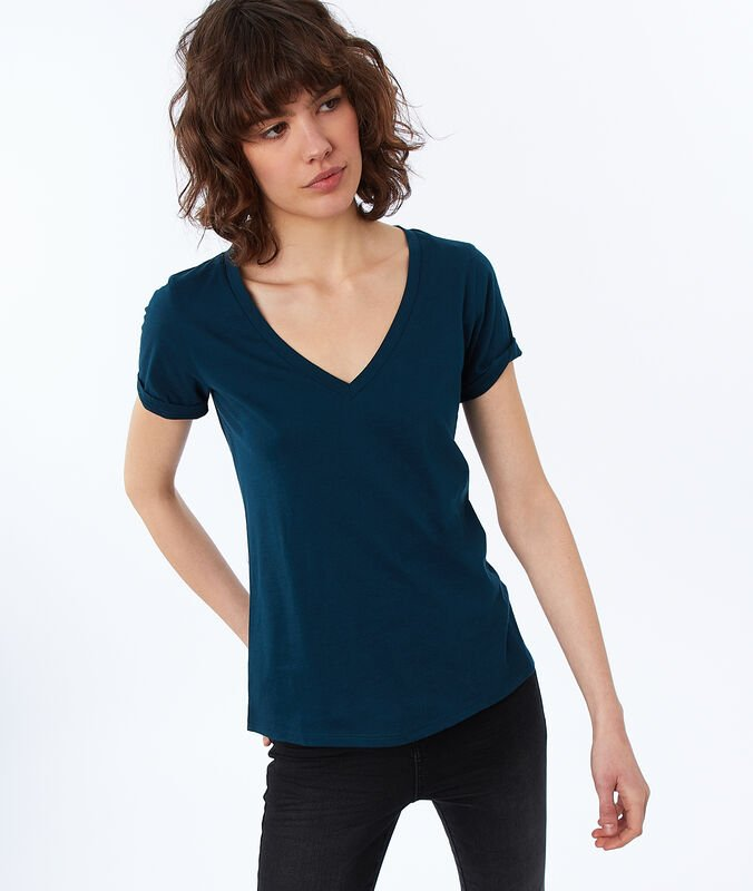 Cotton v-necked t-shirt dark peacock blue.