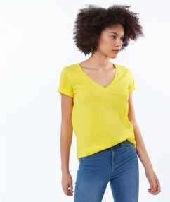 V-neck t-shirt lemon.