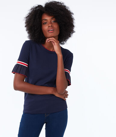 T-shirt with ruffle sleeves navy.