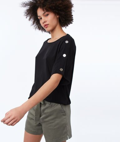 Top with buttoned shoulders black.