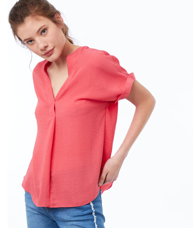 Blouse with tunisian collar coral.