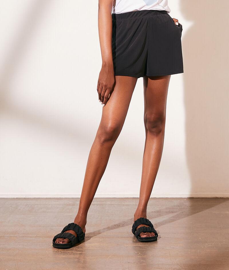 Short jogger