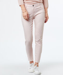 Slim-fit 3/-length trousers ecru.