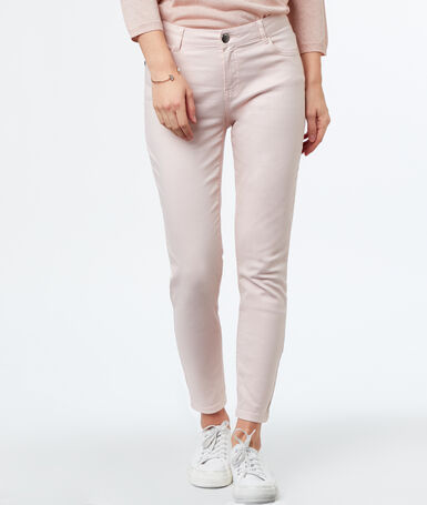 Slim-fit 3/-length trousers ecru.