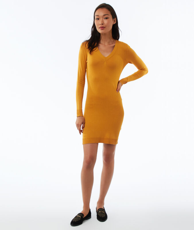 Long sleeve jumper dress with v-neck honey yellow.