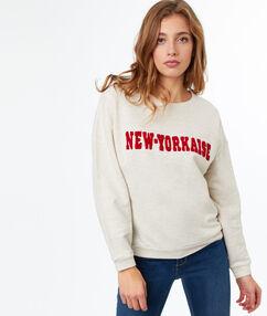Round-necked printed sweatshirt ecru.