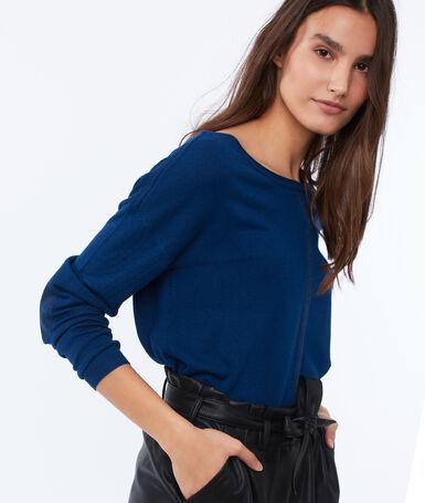 Wide-necked jumper moonlight blue.