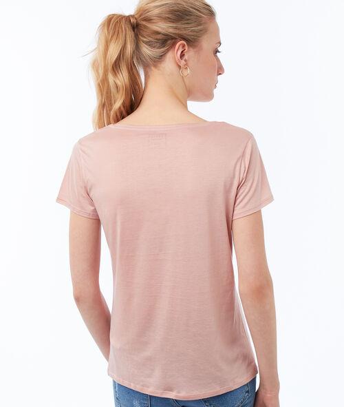 V-neck plain T-shirt