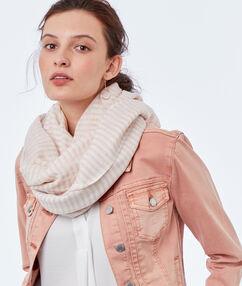 Striped scarf light pink.
