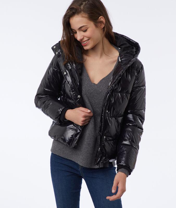 Hooded fleece jacket black.