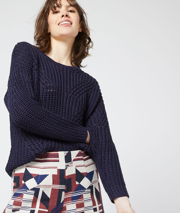 Large knit jumper