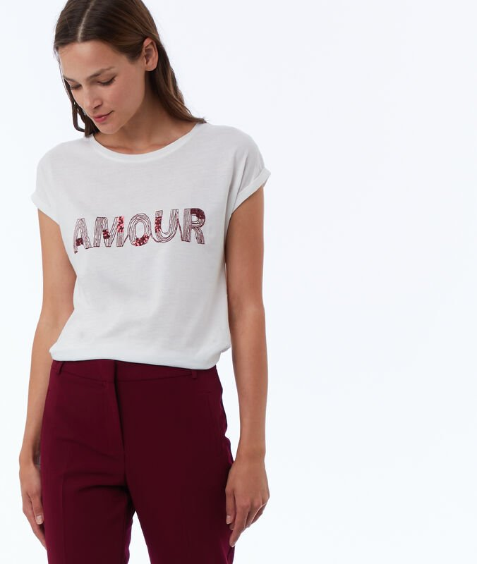 Embroidered t-shirt with sequins ecru.