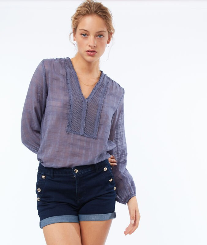 Jean shorts with buttoned pockets faded dark blue.